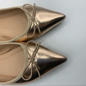 Journee Collection rose gold flats with bow Sz 8.5